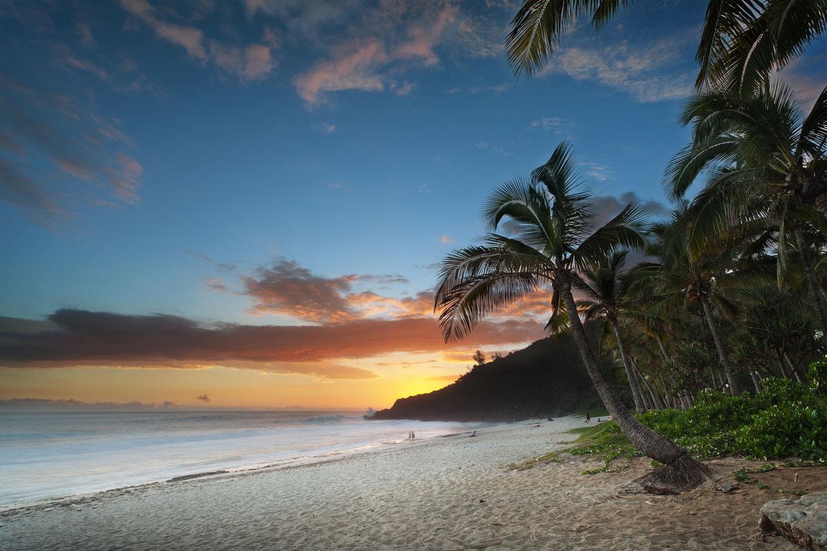 La plage de Grand Anse à l'île de La Réunion commune de Petite Île