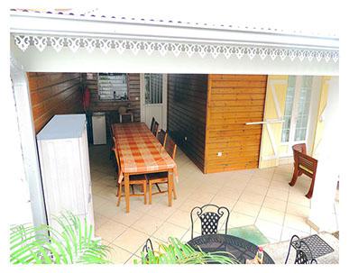 Véranda du gîte à Petite-ile de La Réunion